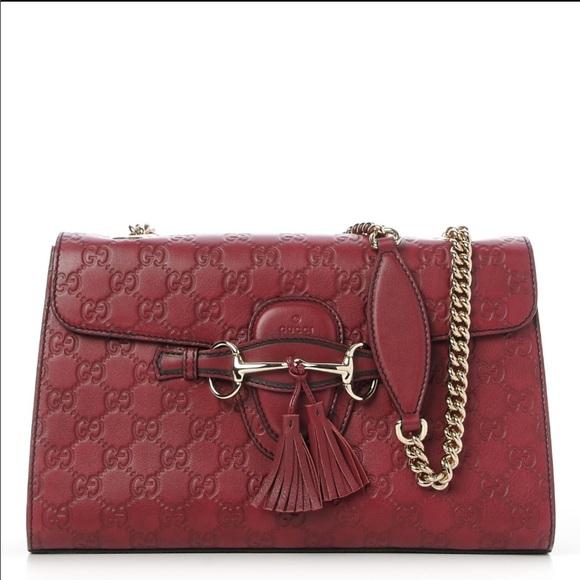 930ee4a0aa9813 Gucci Handbags - Authentic Gucci Emily guccissima medium chain bag